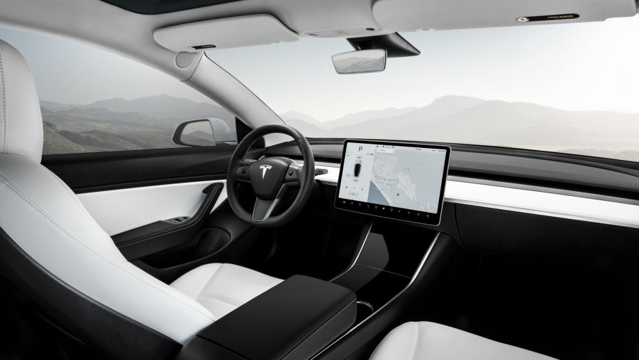 Tesla Model 3 Schweiz Interieur