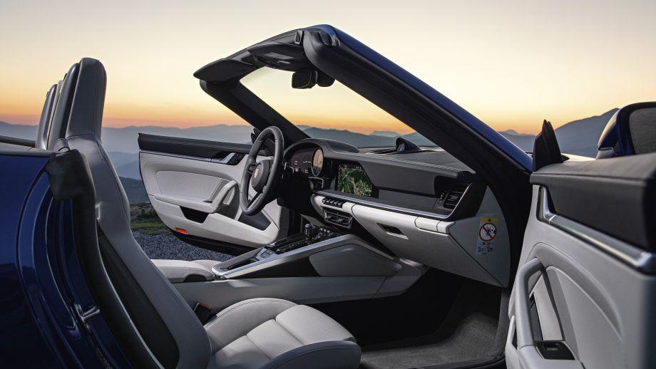 Porsche 911 Carrera Cabriolet 2019