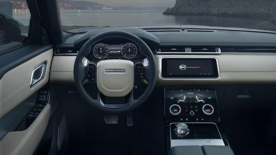 Range Rover Velar SVAutobiography Cockpit