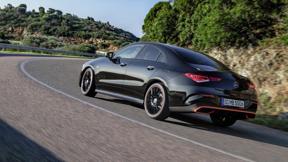 Mercedes Benz CLA AMG-Line kosmosschwarz Heck