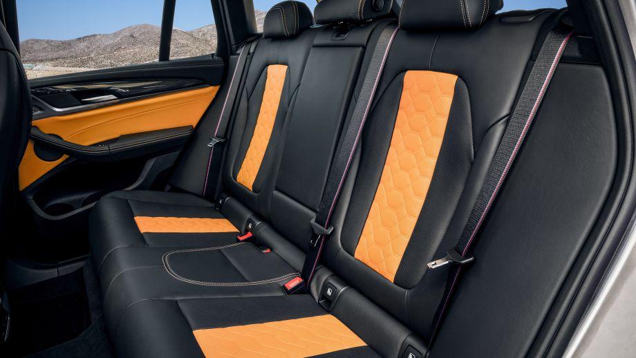 BMW X3 M SUV Rückbank