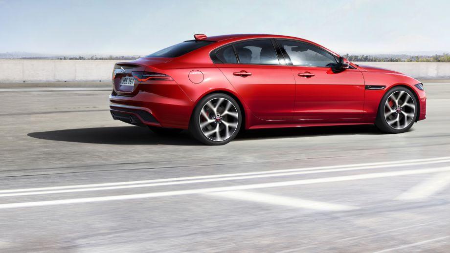 Jaguar XE Limousine Facelift  R-Dynamic