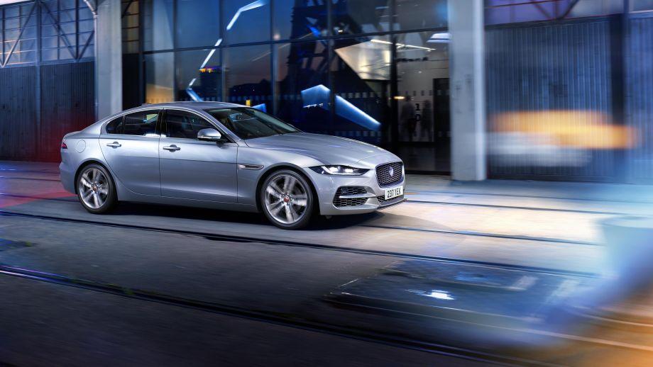 Jaguar XE Limousine Facelift