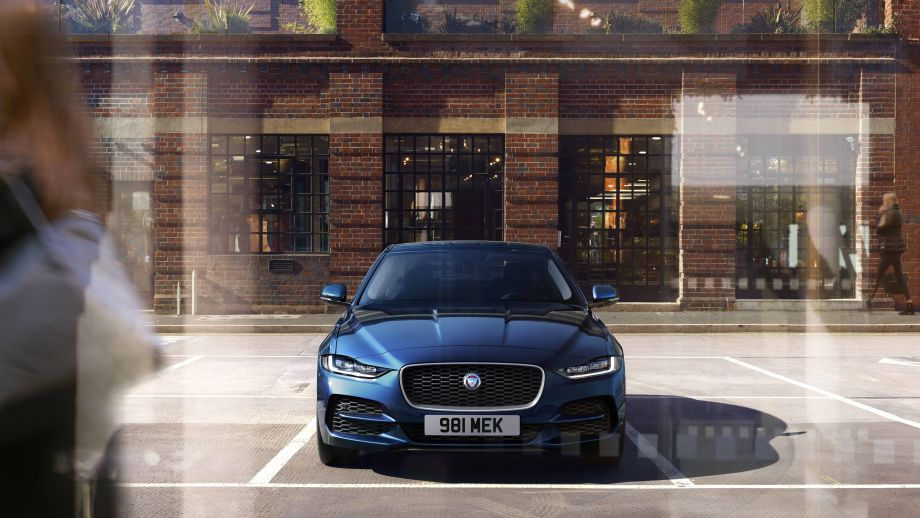 Jaguar XE Limousine Facelift Front