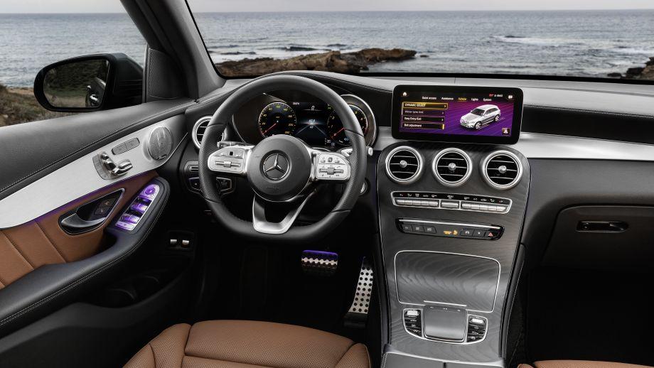 Mercedes-Benz GLC SUV AMG Line Interieur MBUX