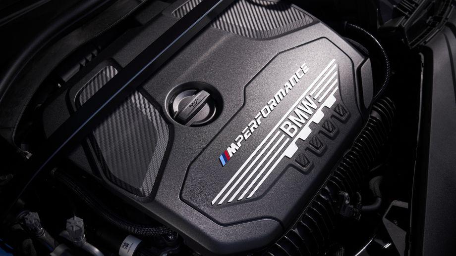BMW M135i xDrive 2.0 Liter Motor