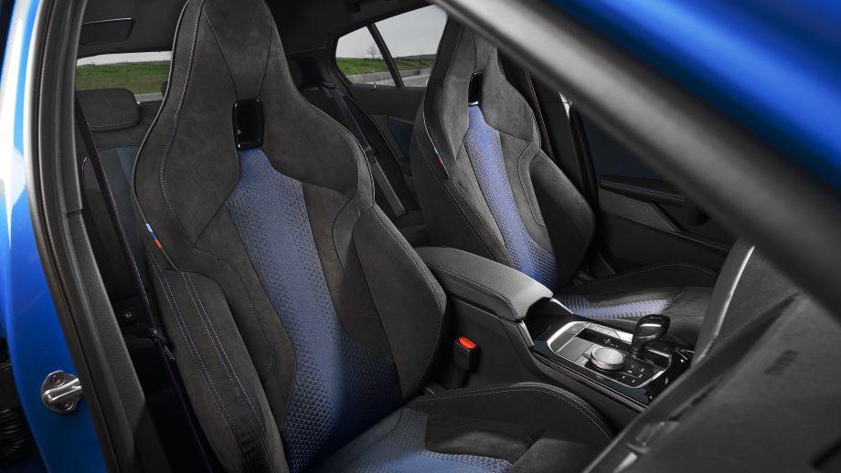 BMW M135i xDrive Sitze