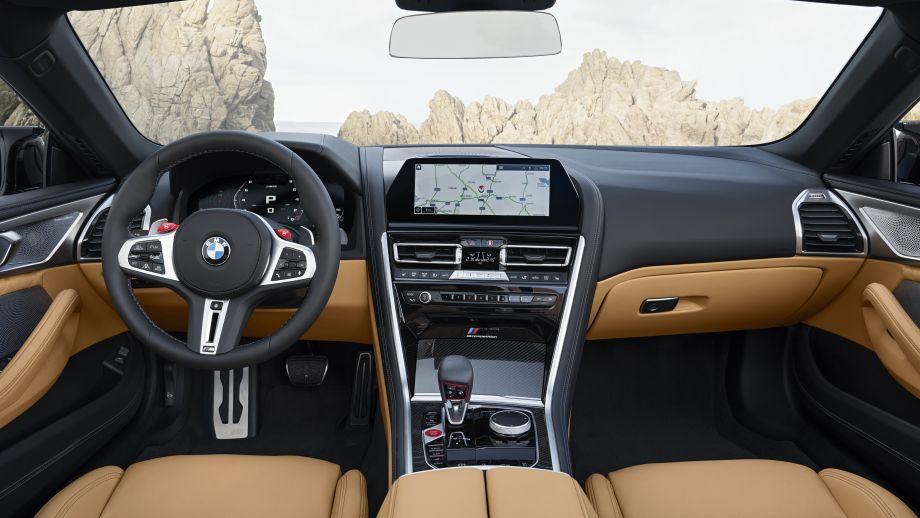 BMW M8 Cabriolet Interieur