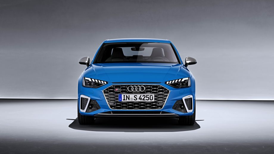 Audi S4 Limousine TDI Grill Scheinwerfer LED