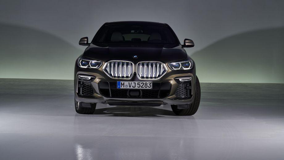 BMW X6 M50dBMW X6 xDrive40i