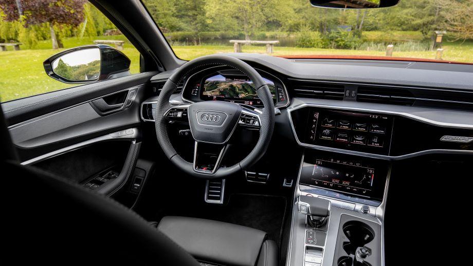 Audi S6 Avant Cockpit