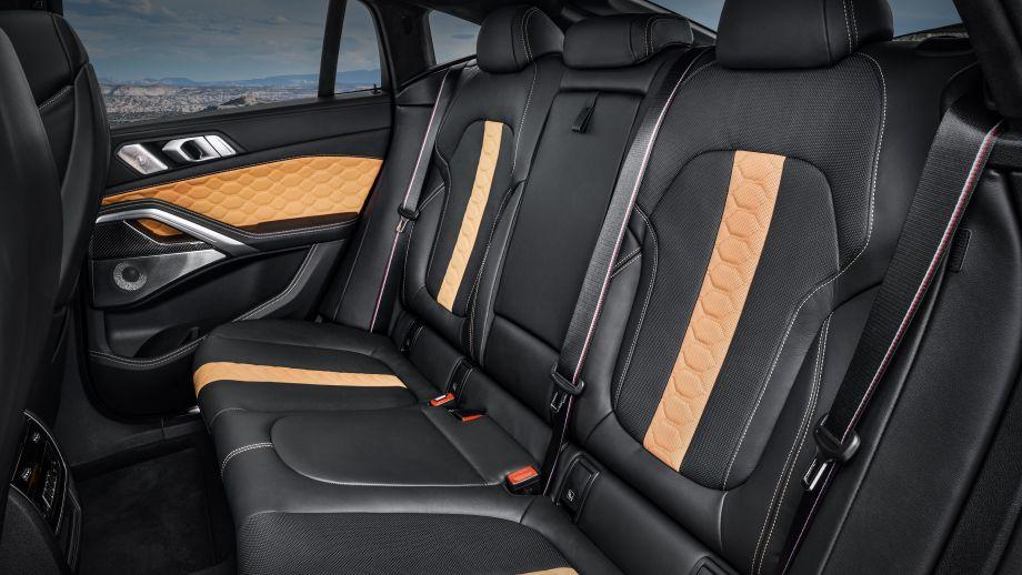 BMW X6 M Competition Rücksitze
