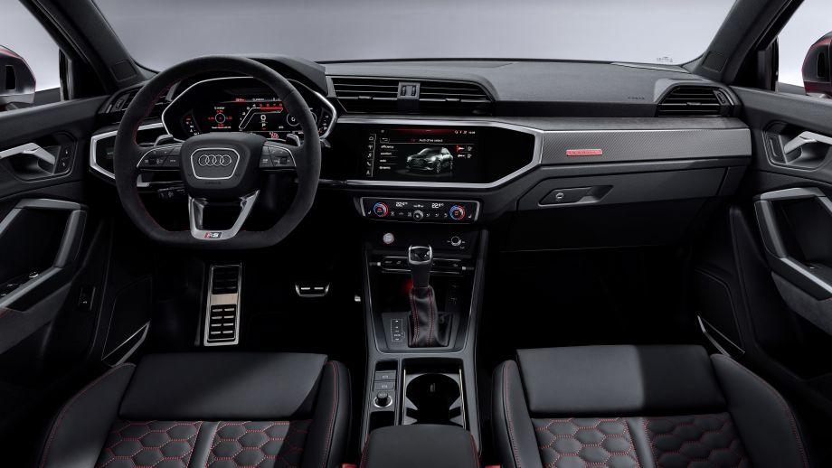 Audi RS Q3 SUV Interieur
