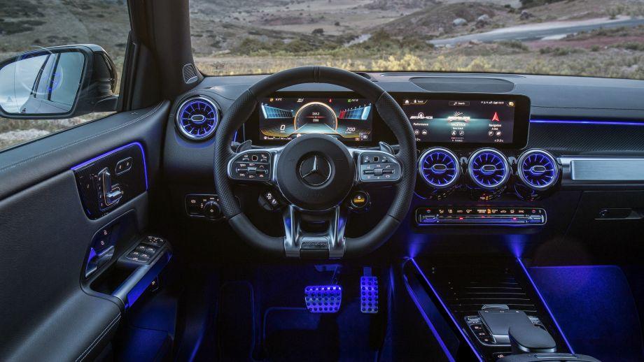 Mercedes-AMG GLB 35 MBUX