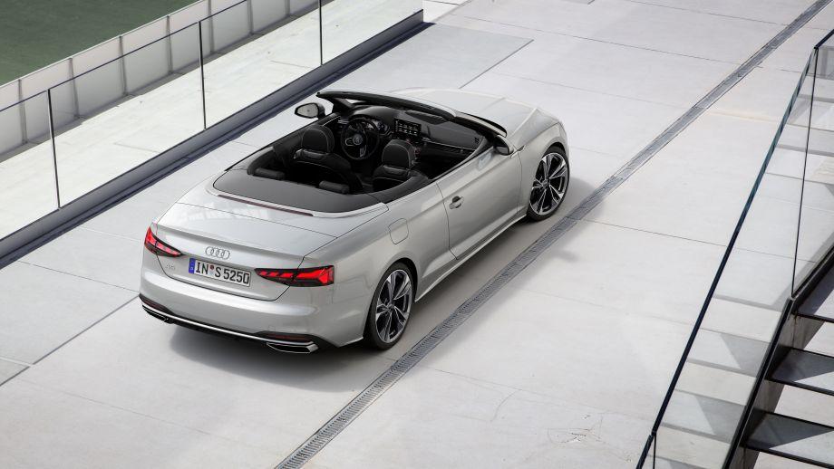 Audi A5 Cabrio Rückleuchten, Auspuff