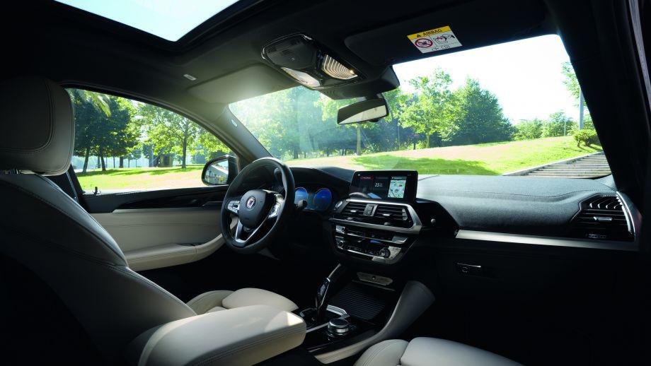 BMW ALPINA XD4 Interieur