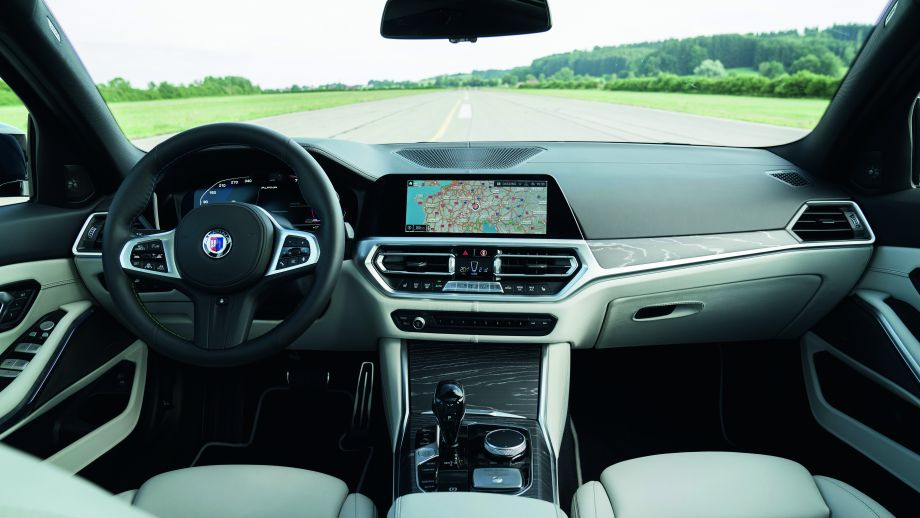 BMW ALPINA B3 Limousine Cockpit