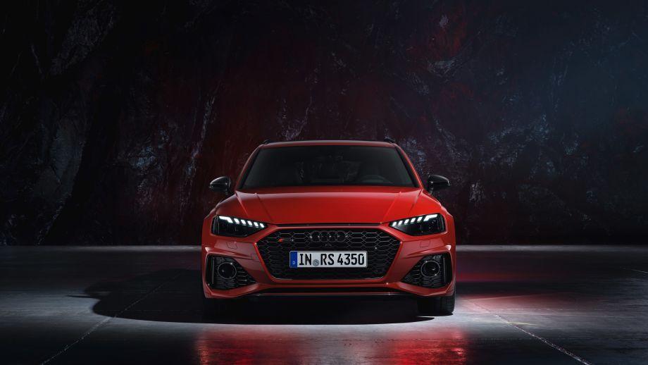 Audi RS4 Avant Grill, LED