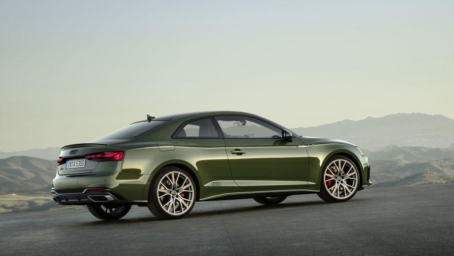 Audi A5 Coupé LED, Seitenschweller, Schwarzes Audilogo, Felgen
