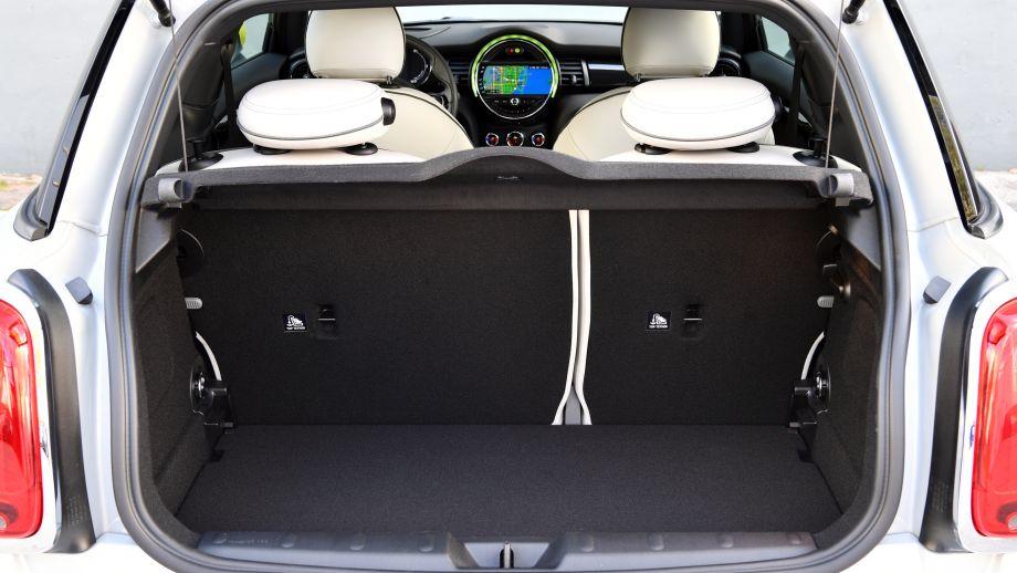 MINI electric Cooper SE Kofferraum