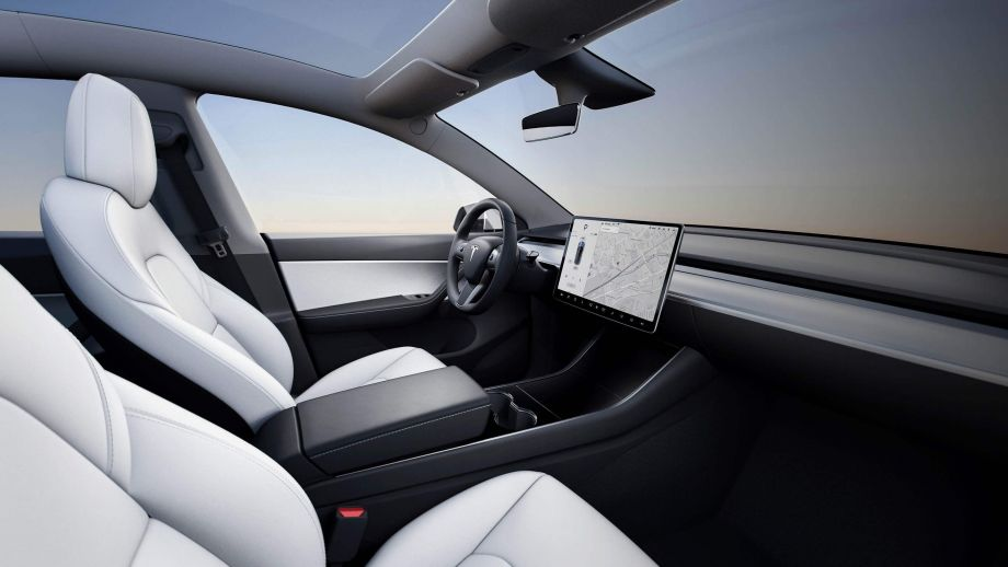 Tesla Model Y Interieur, Screen, Glasdach, Sitze
