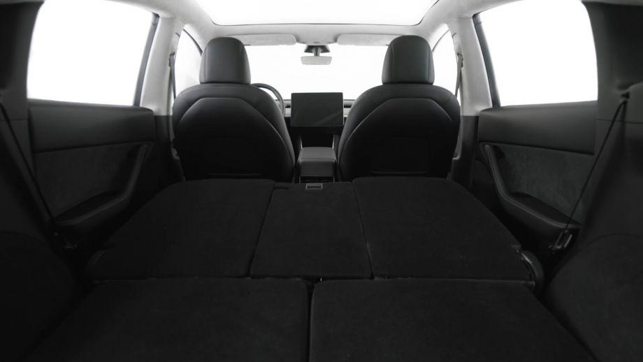 Tesla Model Y Ladefläche, Kofferraum, 7-Sitze